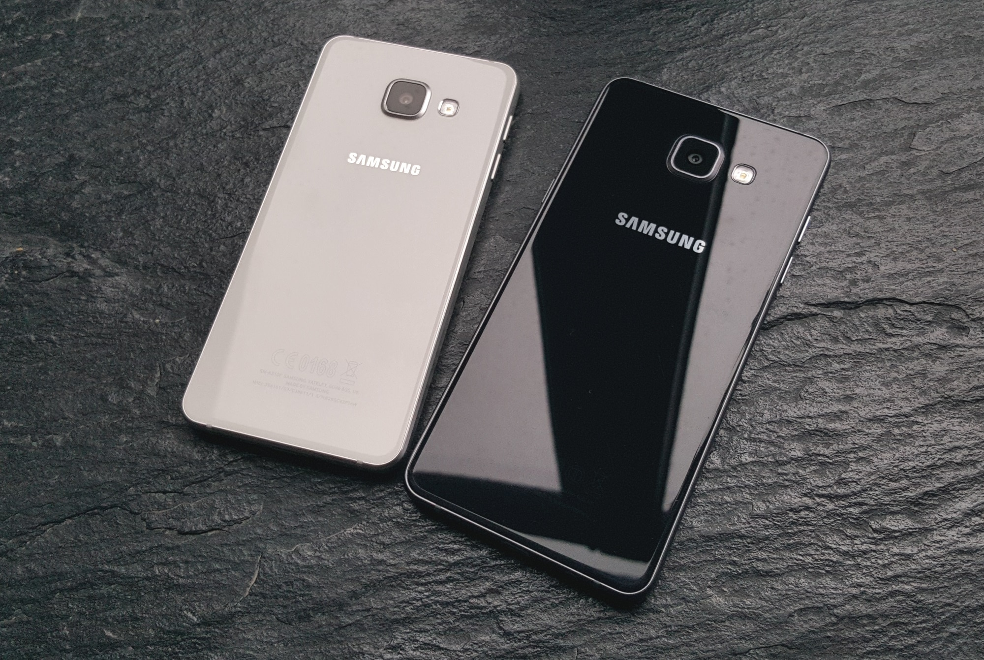pros and cons of samsung galaxy a3 2016 review. Black Bedroom Furniture Sets. Home Design Ideas