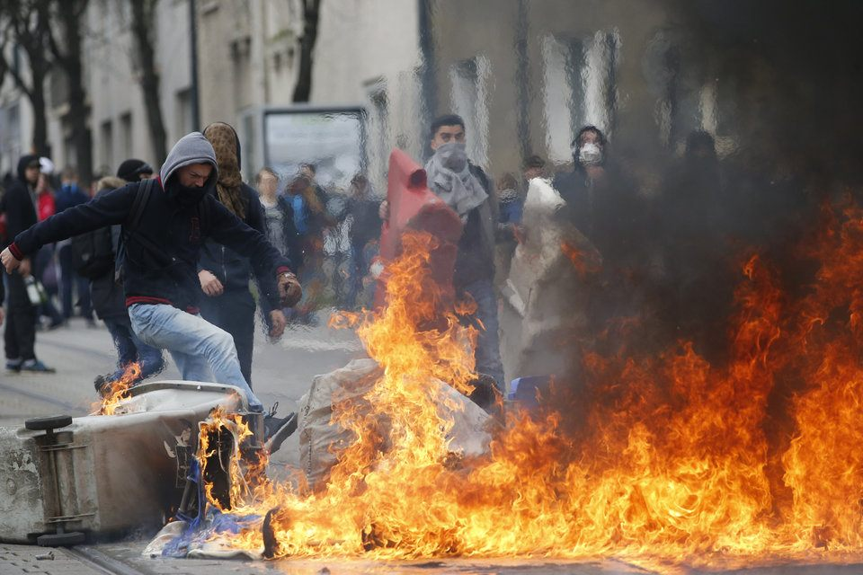 Students Turned Violent on Thursday in France