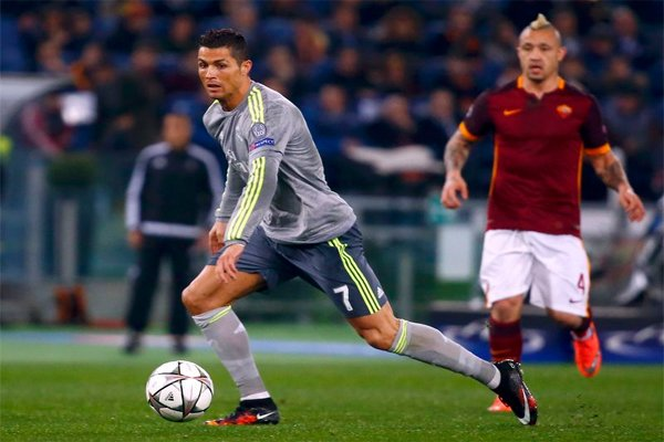 Cristiano Ronaldo beat Roma,Champions League quarter-finals with a 2-0