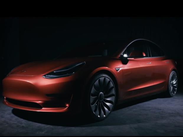 Tesla E- car
