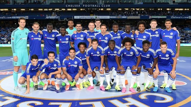 The Chelsea fans are very dissappointed from Chelsea Performance.Manchester City enjoy the fifth win of the moment.