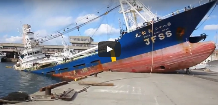 Incredible Ships crashed in sea Nature VS Technology video