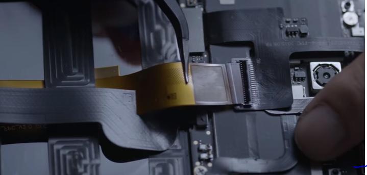 Turing Phone Cadenza Hardware