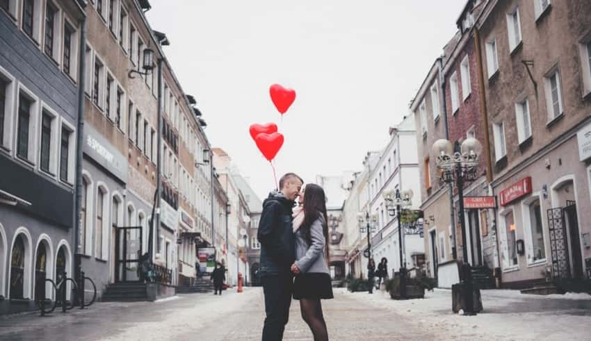 Top 5 Best Dating Apps in 2019 : UstechPortal