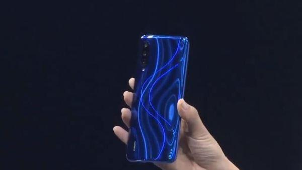 Xiaomi Mi CC9e Honest Review: Pros and Cons | Disadvantages | Advantages