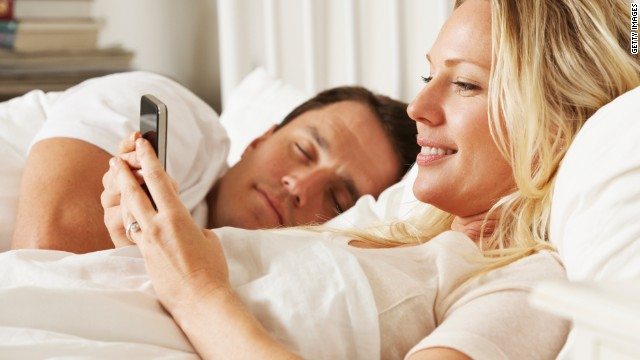 3 Ways to Hack Your Wife's Text Messages without Her Phone