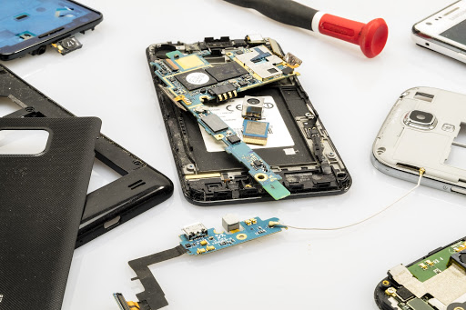 How to Know Whether Your Phone is Worth Repairing or Not?