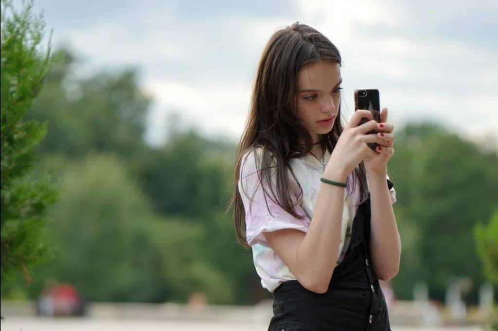 smartphone for tween