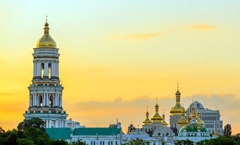 ukraine travel tips, things to know before visiting kiev, tipping in ukraine, what is ukraine like to visit,